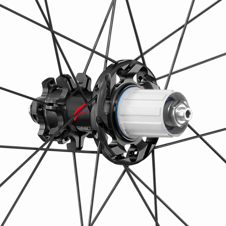 Racing Quattro Carbon DB hub rear